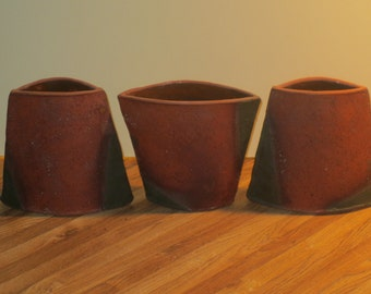 Mark Pharis Set Of Three Sequentially Marked Pottery Vases With Mica And Copper