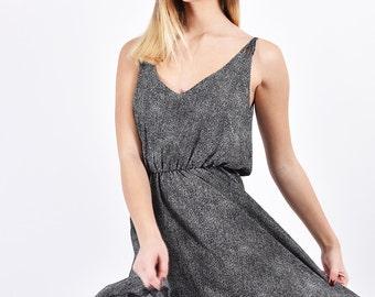 Polka dot short printed summer mini casual dress printed sundess with a line cut