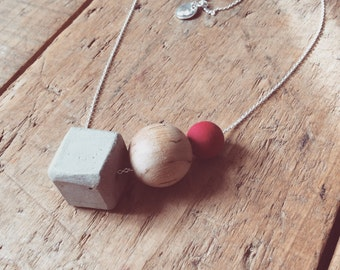 Necklace THREESOME with wood beads and concrete cube