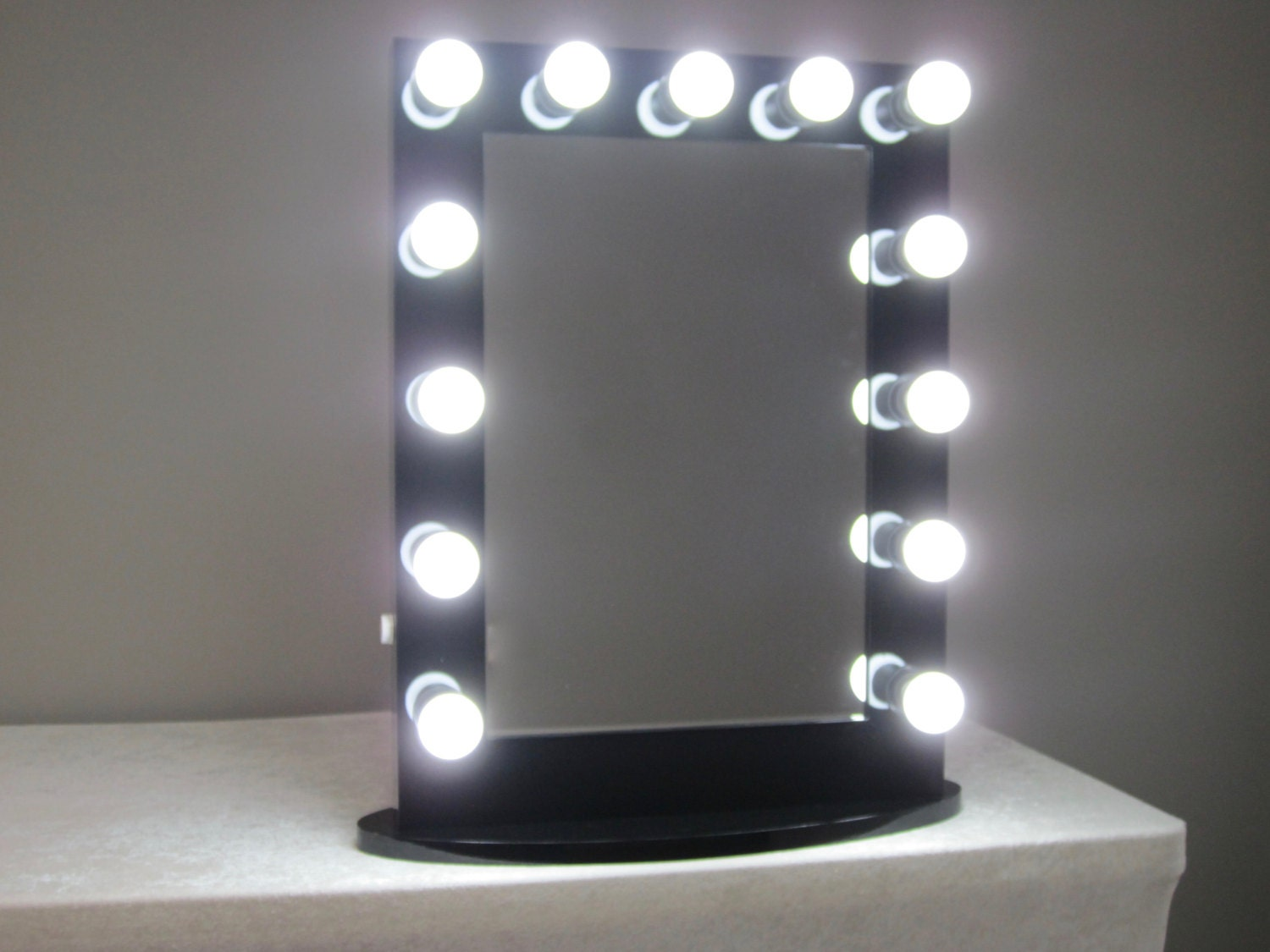 Vanity Mirror With Lights And Outlets : Dimmable Hollywood Impact Lighted Vanity Mirror w/ LED Bulbs