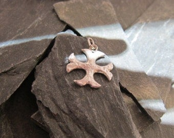Cathare cross, reclaimed Sterling silver, pendentive, charm.