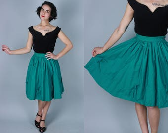Vintage 1950s Skirt | Emerald Green Cotton Full Skirt with Tied Bows | Small
