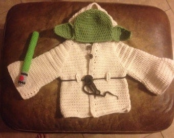 Crochet look like Yoda Inspired outfit