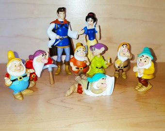 Disney's Snow-white and the 7 dwarfs + Prince * Collectible Figurine Set