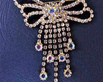 Sparkling 1950's Clear and AB Diamente Tassle Brooch