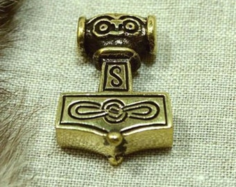 Viking Necklace Thor hammer Mjölnir Scandinavian amulet pendant