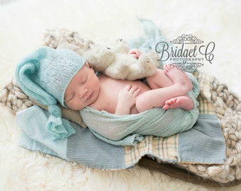 Mini quilt prop, Newborn quilt prop, Mini quilt piece, Prop quilt, Newborn tieback, Newborn bonnet,