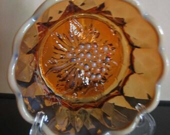 FENTON Cameo Opalescent Grape #8225 amber Nappy