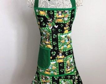 Apron, Sassy Ruffled Women's Apron with Ties