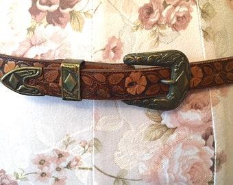 Vintage 1980s Hand Tooled Leather Belt by Justin Hippie Boho Southwestern Leather Belt