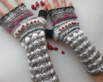 HAND KNITTED GLOVES / Bohemian Fingerless Boho Mittens Women Cabled Romantic Striped Warm Accessories Feminine Wrist Warmers Winter Arm 1218