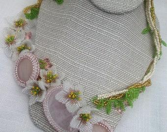 Gorgeous  flower necklace. Beaded necklace. Pink quartz gemstone necklace.