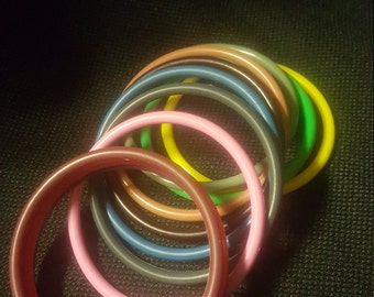 Retro Bangle Set From The 1980's 11 Bright Coor Plastic Thin Bangle Bracelet