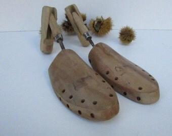 Vintage houten mallen voor schoenen nummer 40-41, houten Shoetree, schoenmaker tools, Vintage Design, verstelbare houten mallen voor schoenen