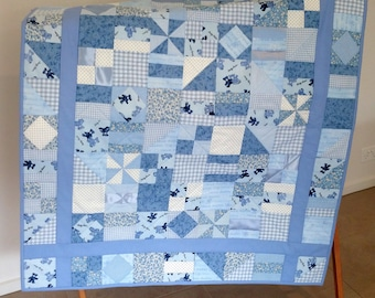 Blue/Cream Cot Quilt, play mat, cuddle quilt , baby quilt, baby blanket, throw, toddler,  *SHIPPING INCLUDED