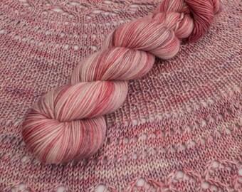 Arrakis - Hand dyed yarn uk - Indie Dyed dk Yarn - 80/10/10 Sw Merino Cashmere nylon - DK Weight yarn - 100g - variegated  non pooling yarn