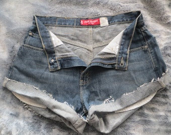 Levis Jeans/short/Levis short/tempered/painted/high waist/ladies/girls/woman/women/man/men/blue short/all weather