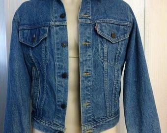 Vintage 80s Levis Denim Blue Jean Trucker Jacket Men's Size 42 L Stonewashed USA