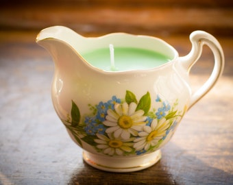 Vintage Bone China, Soy Wax Candle, Sandlewood, Colclough