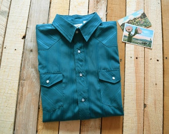 Vintage Men's XL <> CORRAL WEST Ranchwear Turquoise Blue/Green Pearl Snap Striped Western Dress Shirt <> Cowboy