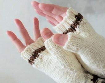 Mitaines hiver tricote a main Mitaines chaudes Laine Fil beige blanc marron Gants sans doigts Simple design Cadeau garcon fille Cadeau Noel