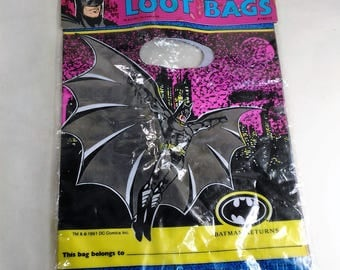 Package Of 8 Batman Loot/Party Bags/Space For the Owners Name/New (R)