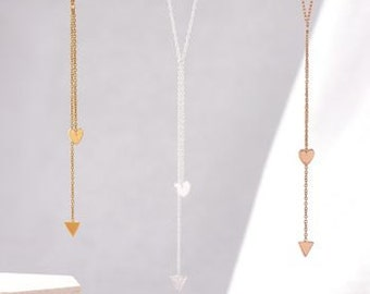 Cupid's Arrow Necklace in Gold