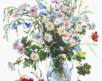 """Counted Cross Stitch Kit by WONDERFUL NEEDLE - """"Daisies and Bluebells"""" Flowers cross stitch; Daisies embroidery;"""