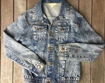 Vintage 90's Grunge Acid Stone Washed Distressed Denim Jacket Women's Size 8 Festival Jean Jacket Slouchy Rock Boyfriend Hipster Denim Coat
