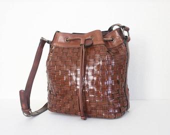 Vintage 1980s Woven Leather Drawstring Aigner handbag