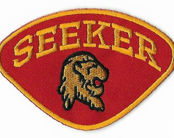 Seeker Logo Patch Harry Potter Quidditch Team Gryffindor Embroidered Iron / Sew on Badge Costume Applique Hogwarts Insignia Bag Cloak