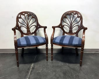 HICKORY CHAIR Anthemion Fauteuil Mahogany Arm Chairs - Pair