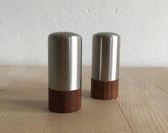 Rosewood / teak salt & pepper set – mid-century Danish rosewood and stainless steel salt and pepper set