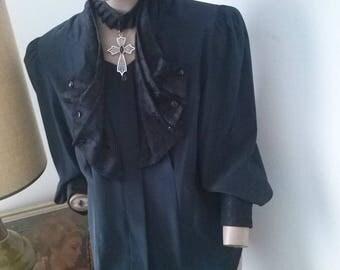 Fantasy Gothic lace trimmed l/s blouse size 12