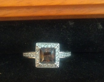 Stunning sterling silver cz ring size 6.5
