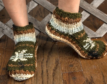 Women slippers, Wool Slippers, Wool Socks, Knitted Slippers, Winter Slippers, Hand Knit Slippers