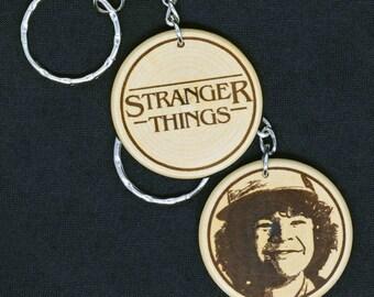 Dustin Toothless - Stranger Things Engraved Wood Keyring Keychain by JayEngrave