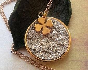 Medallion gold lucky