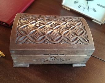 Vintage Wood Carving Box, Trinket Box, Memory Box, Trinket Box, Jewelry Box, Keepsake Box, Handmade Box from 1970s
