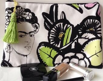 White cactus frida make-up pouch