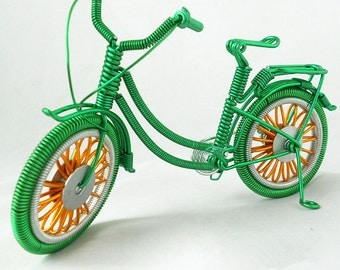 Handmade Wire Bike,Lifelike Bicycles and Cycling,Wire BMX Bike,Miniature Green Bicycle,Desk Decoration,Unique Gift