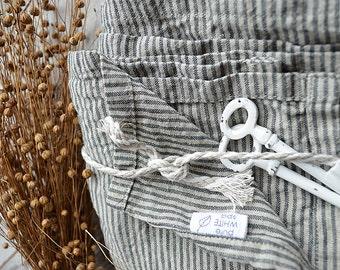 Stonewashed striped Linen bath towel - Natural  washed linen towels - Simple rustic bath towel