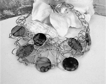 Dramatic wire work and beads necklace,Handmade wire neclace,Black beads wire necklace