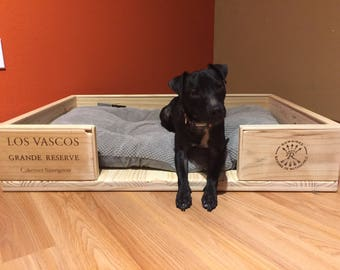 Wine Crate Pet Bed, Wooden Pet Bed, Medium Dog Bed, Dog Beds Handmade,Pet Bed,Large Dog Bed, Wine Crate, Dog Lover, Dog Bed Medium Dog