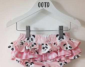 Nappy cover, diaper cover, baby bloomers, baby clothes, panda pants, baby shorts, girls clothes, baby outfit, baby shower, photo prop