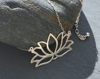 Large 925 sterling silver lotus flower necklace