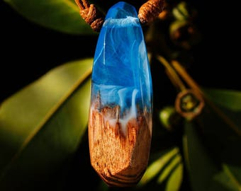 Blue Resin and Reclaimed Wood Cristal Shape Pendant; Wood and Resin Jewelry, Wood and Resin Pendant, Resin Jewelry