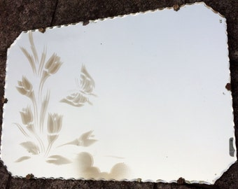 Art Deco Frameless Mirror with Scalloped Edge. Vintage Etched Floral Eight Sided Frameless Mirror with Flowers and Butterfly ROP0162