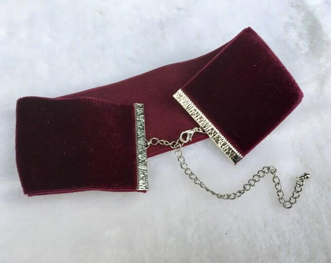 AUDREY: thick swiss vintage velvet choker