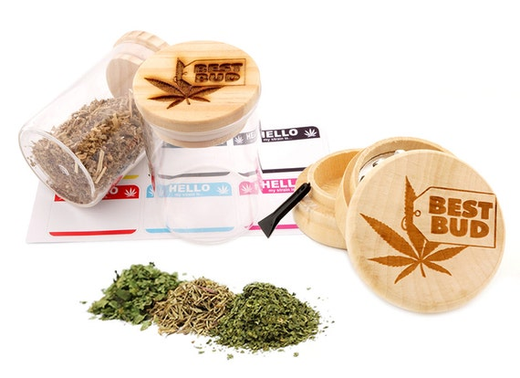 Best Bud Engraved Premium Natural Wooden Grinder & Wood Lid Glass Jar Gift Set # GS103116-5